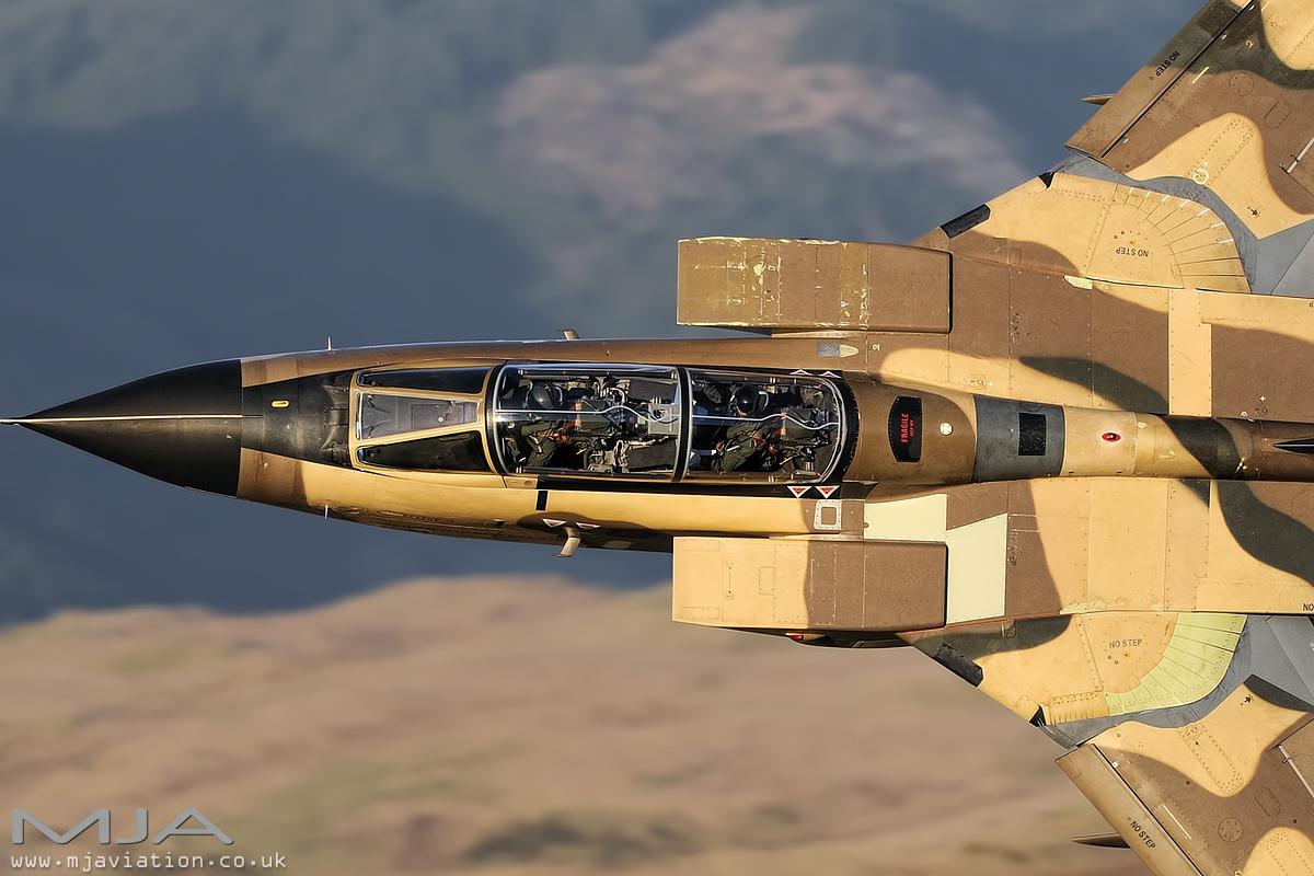 الموسوعه الفوغترافيه لصور القوات الجويه الملكيه السعوديه ( rsaf ) - صفحة 6 156